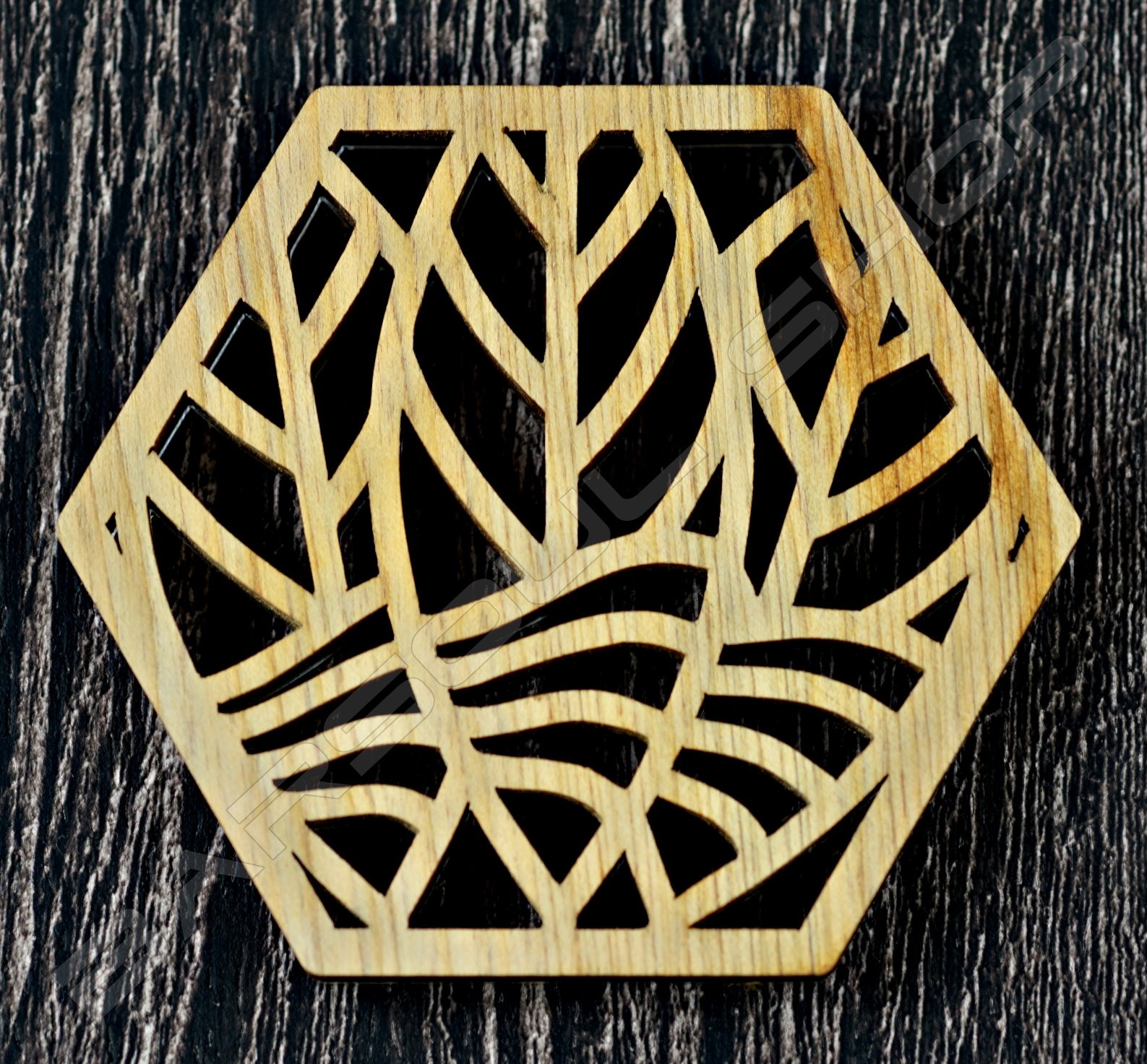 雷雕越南檜木杯墊D Vietnamese cypress coaster
